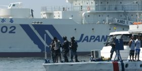 Japan gives Philippines patrol ships – Daily Mail