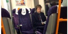 Paul McCartney, taken the figure to ride the train by one person wwwwww