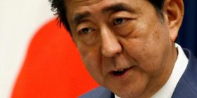 Shinzo Abe considers snap Japan election to shore up power – Financial Times