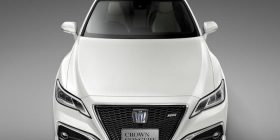[Image] full model change of the 15 th generation Toyota Crown the first time in seven years
