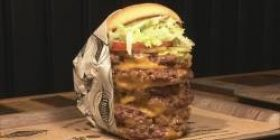 A popular hamburger chain in the US enters Japan