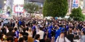【Soccer World Cup】 The scrambled intersection of Shibuya can not even open the ambulance which was a big mess.