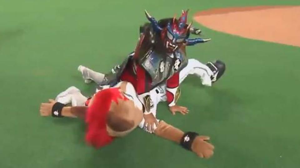 Jushin Liger threw a first pitch in Japan and then wrestled the team's mascot to the ground – MLB.com (press release) (blog)