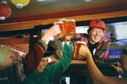 【Video】 Beer comes out from underneath for the first time The tension has risen www