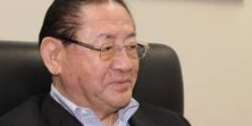 """Taku Yamasaki """"I do not have the power to read newspapers for today's young people. I have not studied Japanese well, my native language is weak."""""""