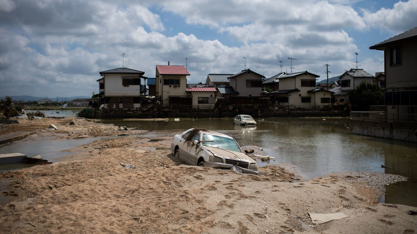 Japan floods: Death toll rises to 176 as Abe visits affected areas – CNN