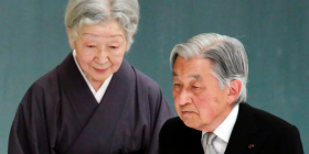 Japanese emperor tries to make amends for his father's war – ABC News