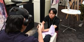 VR experiential meeting where a beautiful girl massages ← It is the Osassu who actually massages