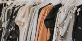 [Sad news] Screaming clothes are not selling even in the apparel industry, shopping malls