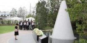 """【Sad news】 Fukuchiyama excursion accident, completion of the memorial facility also the bereaved families complicated feeling """"This does not feel like accident scene, misery does not convey"""""""