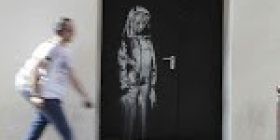 Banksy homage to Paris attack victims stolen from Bataclan theater – The Japan Times