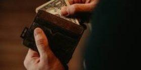 Those who put three or more cards in the wallet Dasa Warata wwwwwwwwwwww