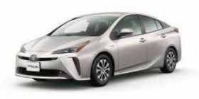 "TV ""Prius is Prius …"" minutes later → TV ""car passenger car passenger car …"""