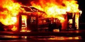 [Breaking news] Music studio in Setagaya-ku, Tokyo, music artist owned by Yokojo Ogino (56) is totally burned down